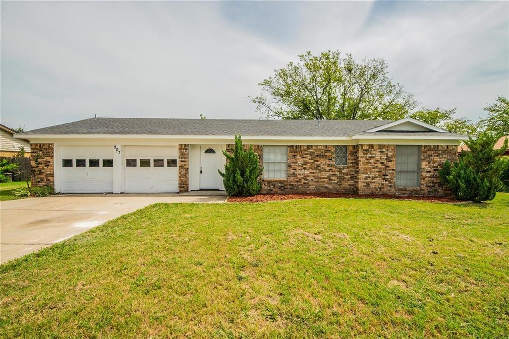 907 Childers Avenue, Benbrook, TX 76126