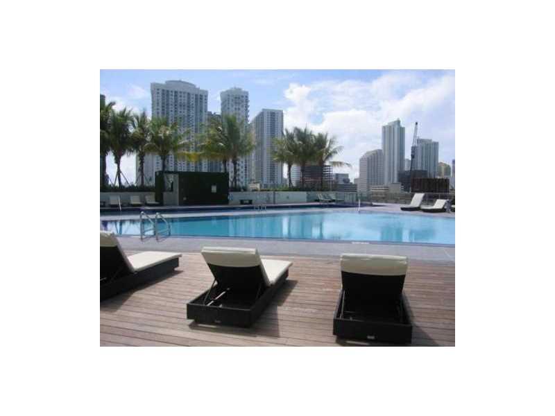 90 SW 3rd St 1610, Miami, FL 33130
