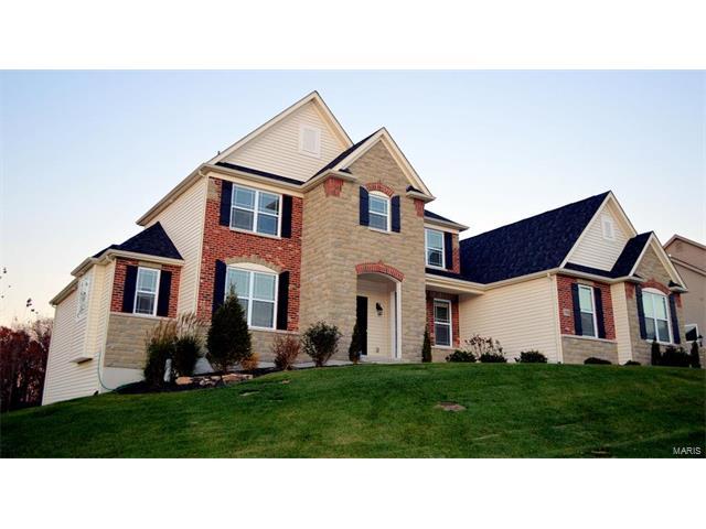 17933 Homestead Bluffs Drive, Chesterfield, MO 63005