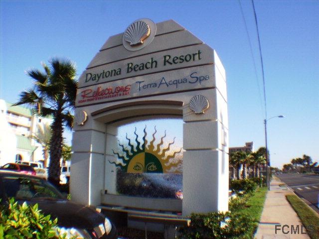 2700 N Atlantic Ave N, Daytona Beach, FL 32118