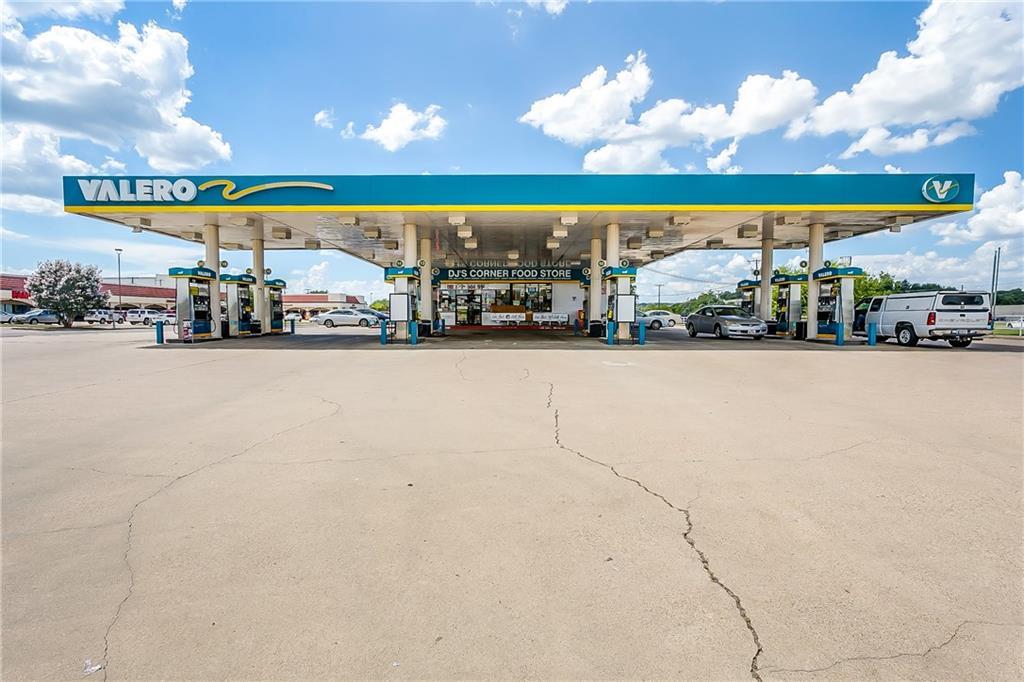 440 Wilshire Boulevard, Burleson, TX 76028