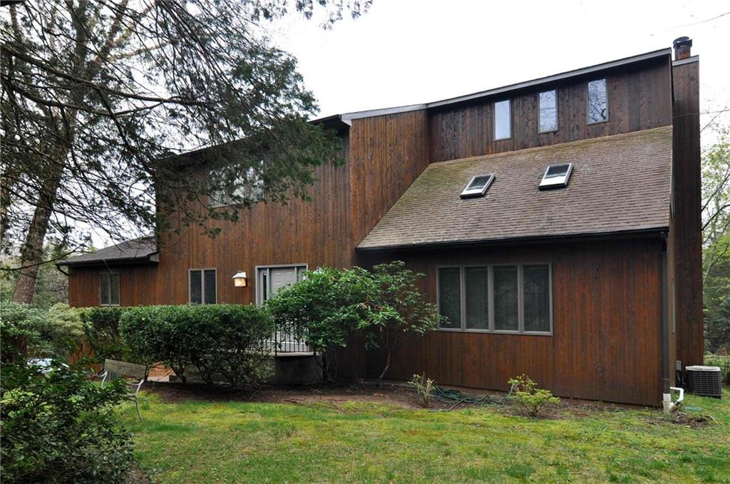 2340 Middle RD, East Greenwich, RI 02818