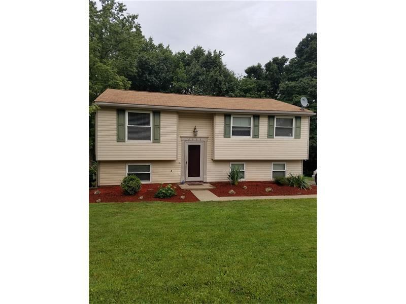2633 Fox Chase Ct, Bridgeville, PA 15017