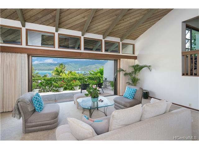 253 Lumahai Place, Honolulu, HI 96825