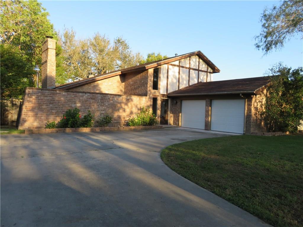 3666 Castle River Dr, Corpus Christi, TX 78410
