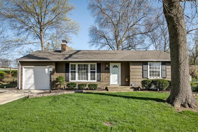 2905 W 72nd Street, Prairie Village, KS 66208