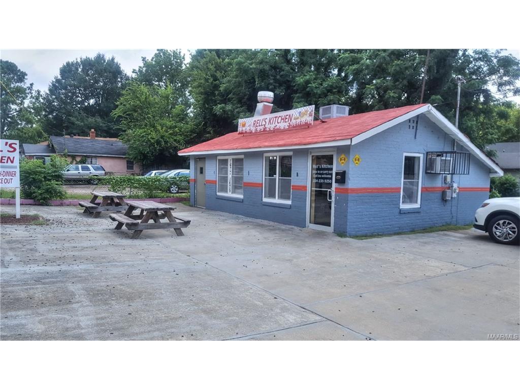1679 OAK Street, Montgomery, AL 36108