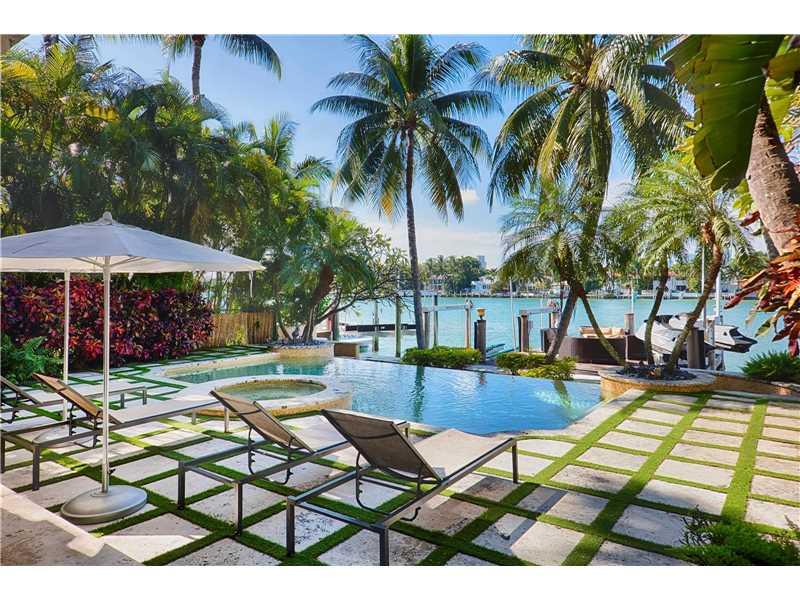 60 W Rivo Alto Dr, Miami Beach, FL 33139