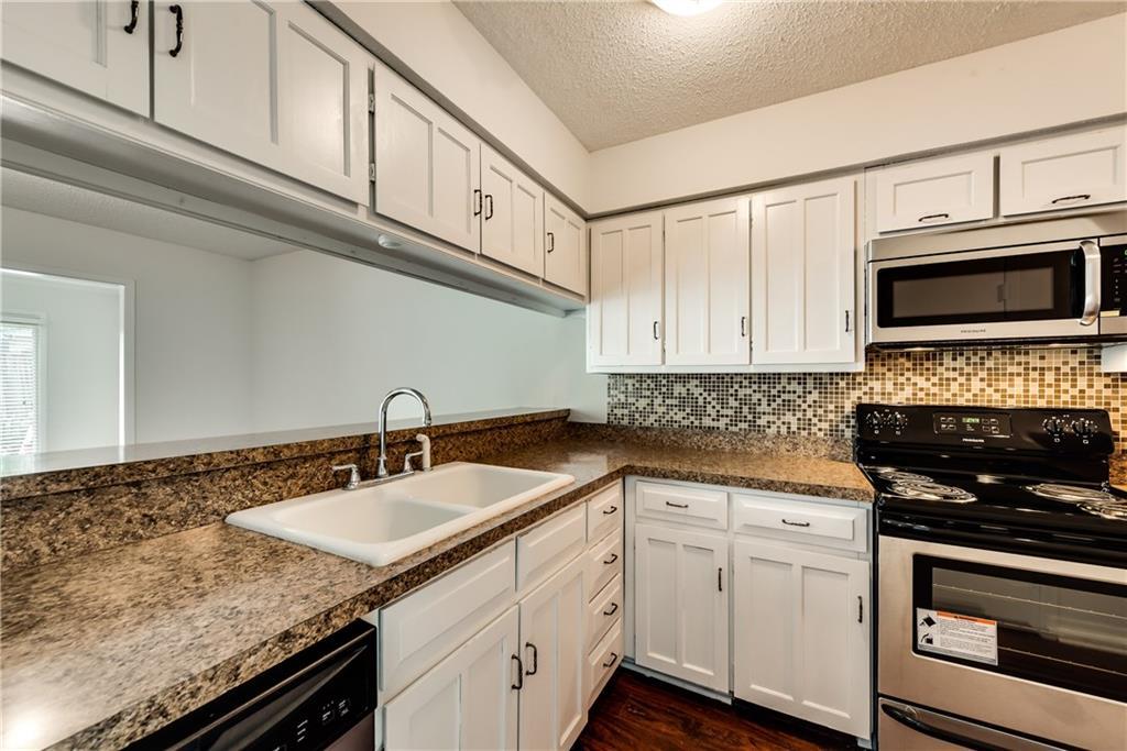 2018 Court Place, Garland, TX 75041