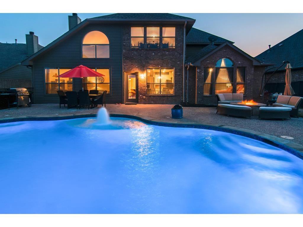 422 Brighton Street, Roanoke, TX 76262