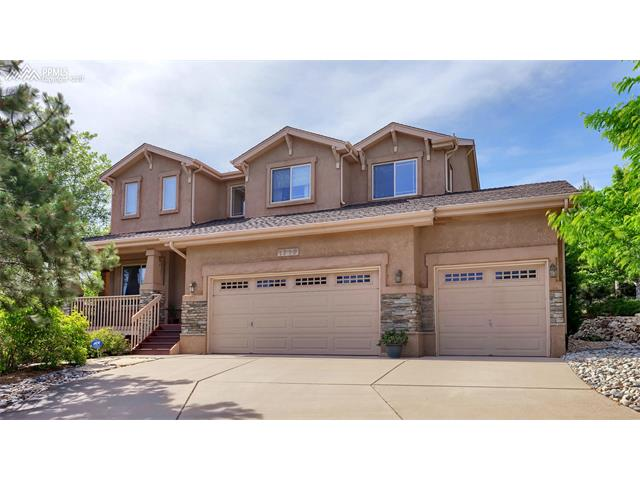 1716 Bridle Oaks Lane, Colorado Springs, CO 80921