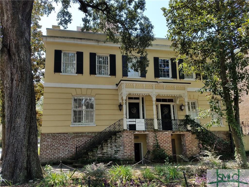 323 E Jones Street, Savannah, GA 31401