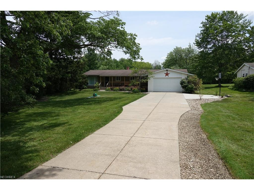 13005 Caves Rd, Chesterland, OH 44026