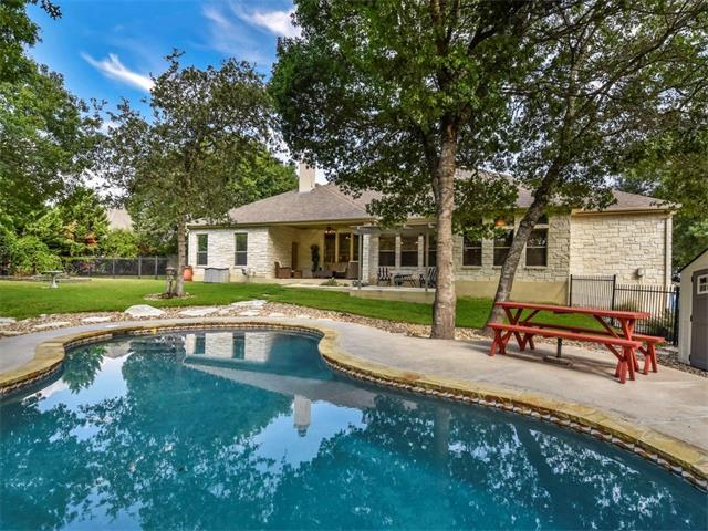200 W Majestic Oak Ln, Georgetown, TX 78633