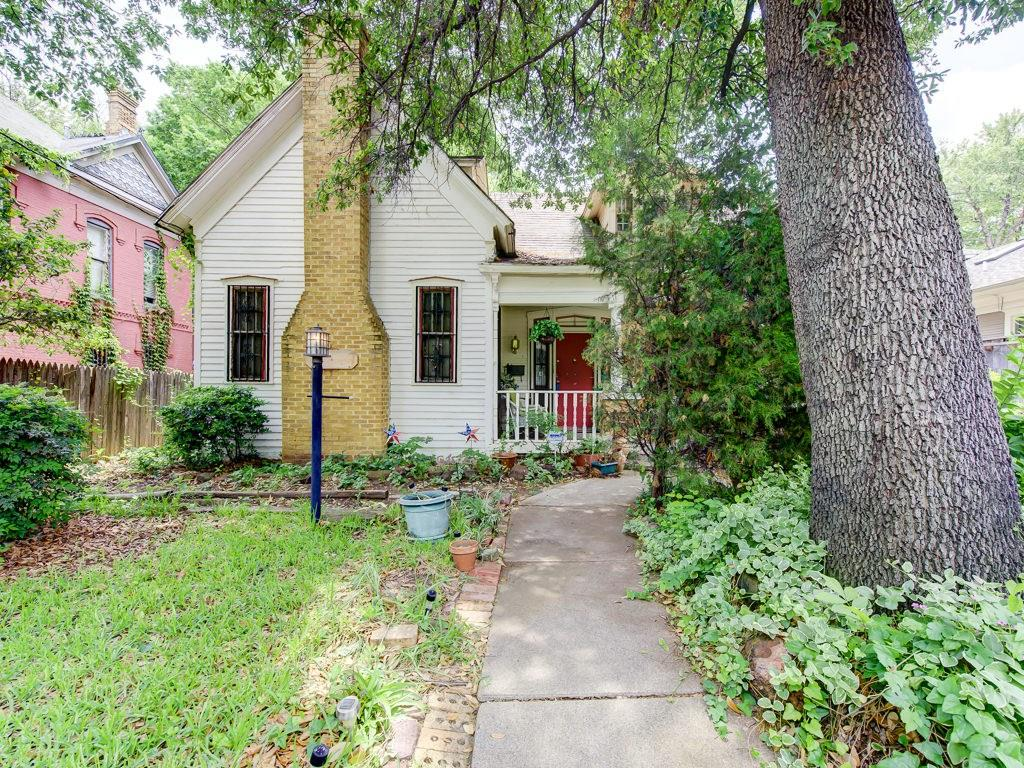 2616 State Street, Dallas, TX 75204