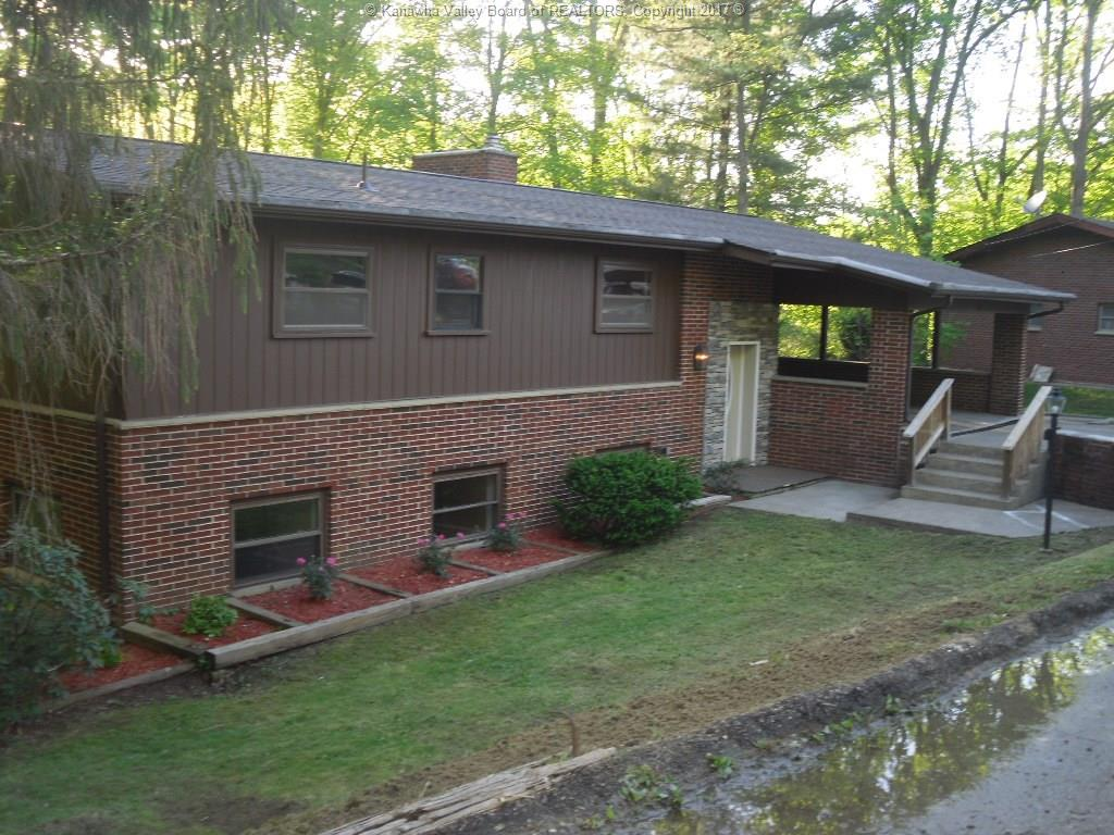 995 Old Point Road, Saint Albans, WV 25177