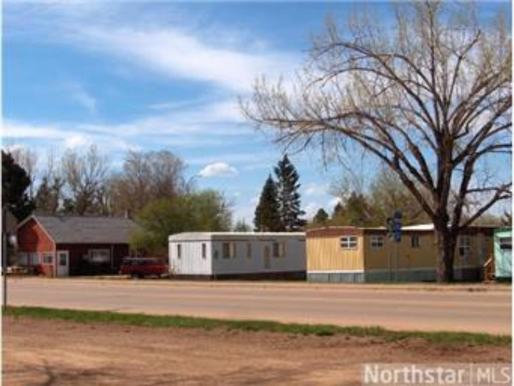 90 4th Street NW, Beach, ND 58621