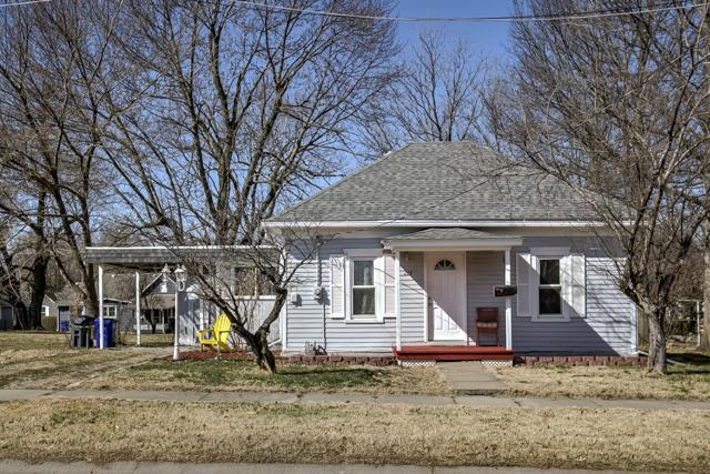 215 S BLAKE Street, Olathe, KS 66061