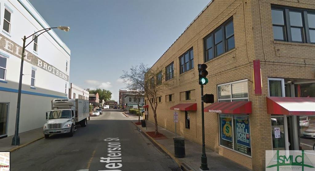 246 W Broughton Street, Savannah, GA 31401