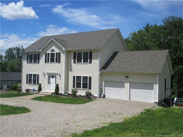 3 East Bassett Ln, Derby, CT 06418