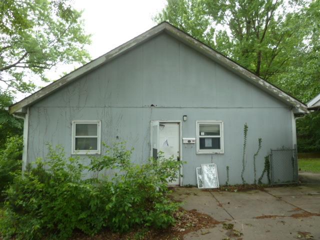 4804 Woodward Street, Overland Park, KS 66203