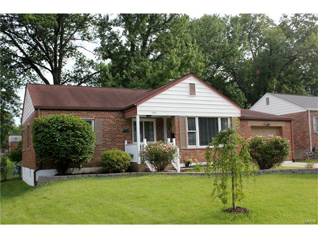 7334 S Yorkshire Drive, St Louis, MO 63123