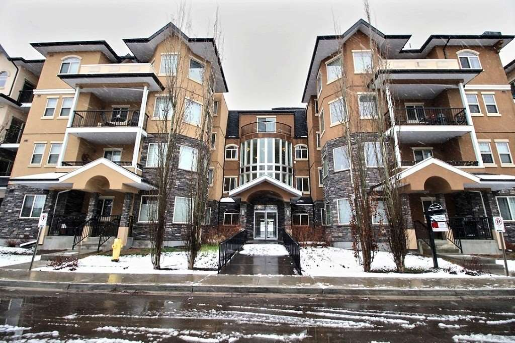 8730 82 Avenue 109, Edmonton, AB T6C 0Z1