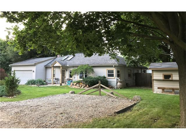 1770 LUNETA Court, Commerce Twp, MI 48382