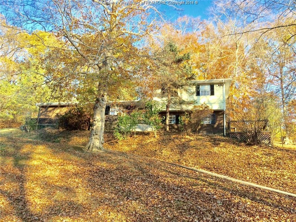 931 Lower Midway Road, Dunbar, WV 25064