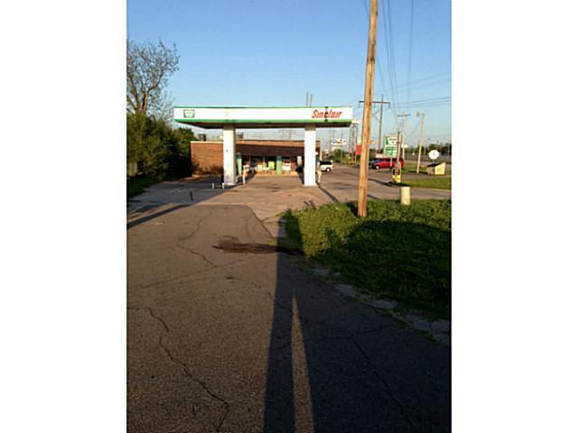 3129 Tinker Diagonal Street, Del City, OK 73115