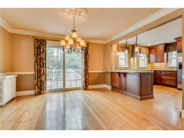 107 Roger Rd, New Haven, CT 06515