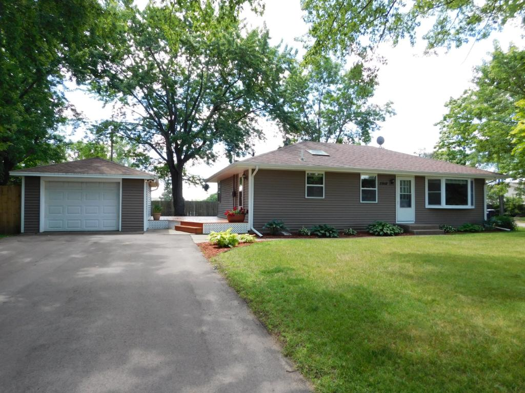 2910 113th Lane NW, Coon Rapids, MN 55433