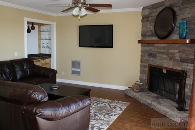 2215 301 Pinnacle Inn Road, Beech Mountain, NC 28604