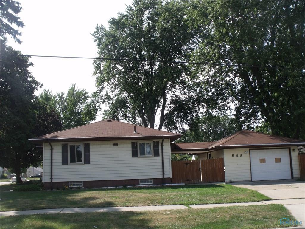 689 Northfield Drive, Maumee, OH 43537