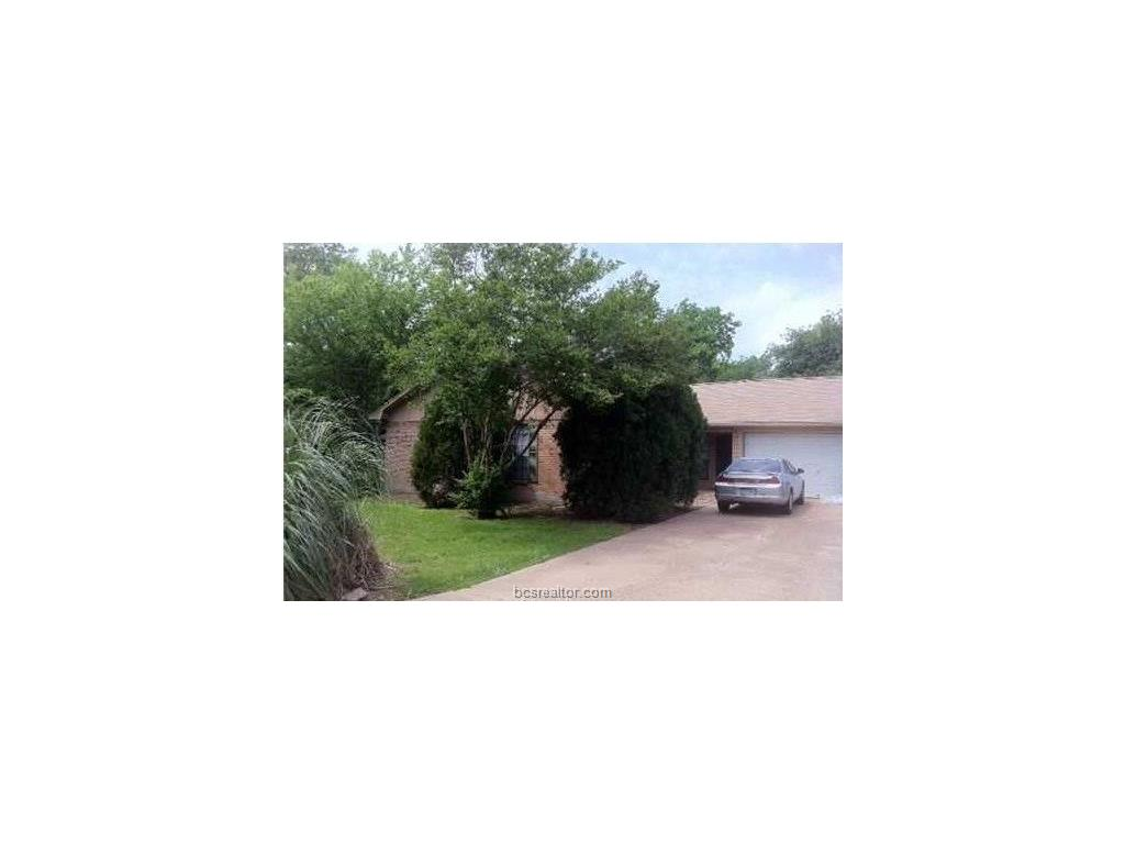 1411 Clement, College Station, TX 77840