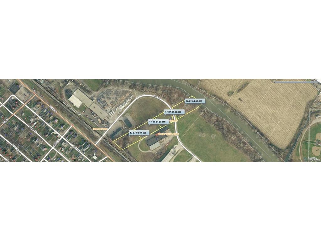 2050 Greif Rd, Zanesville, OH 43701