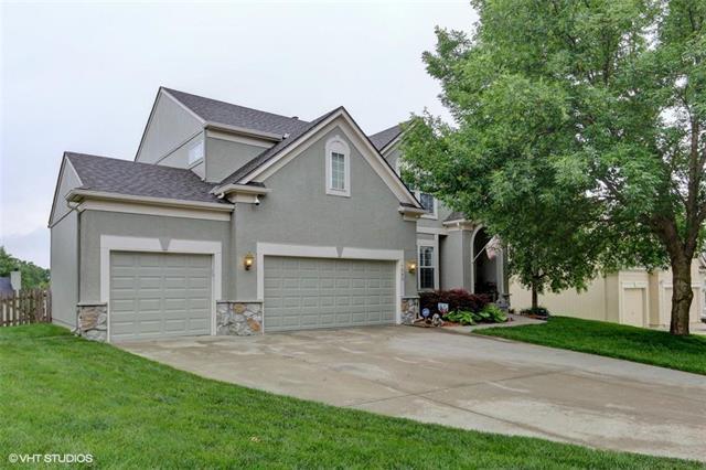 1583 Maple Woods Drive, Liberty, MO 64068