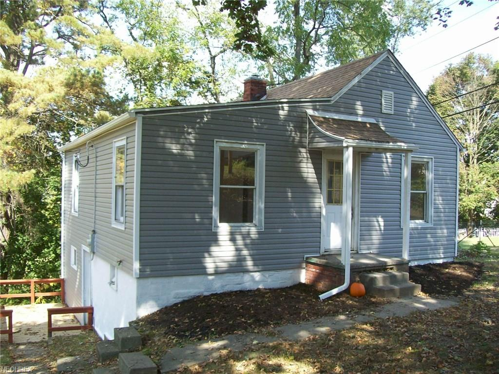 917 Foster Ave, Cambridge, OH 43725