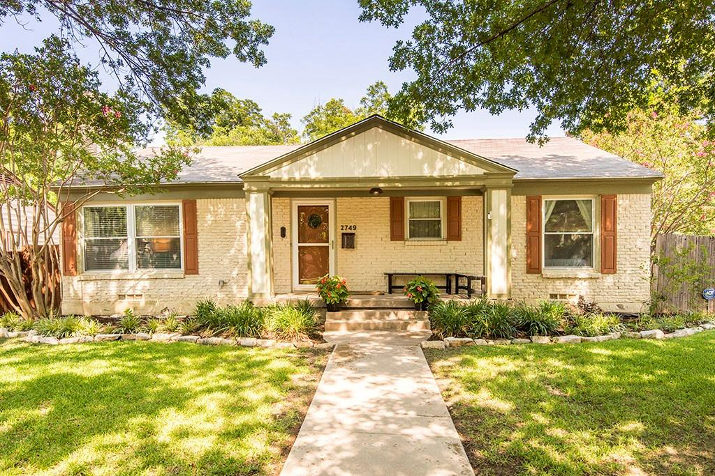 2749 Ryan Place Drive, Fort Worth, TX 76110