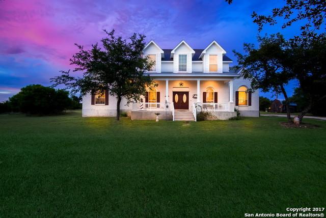 824 Stallion Estates Dr, Spring Branch, TX 78070