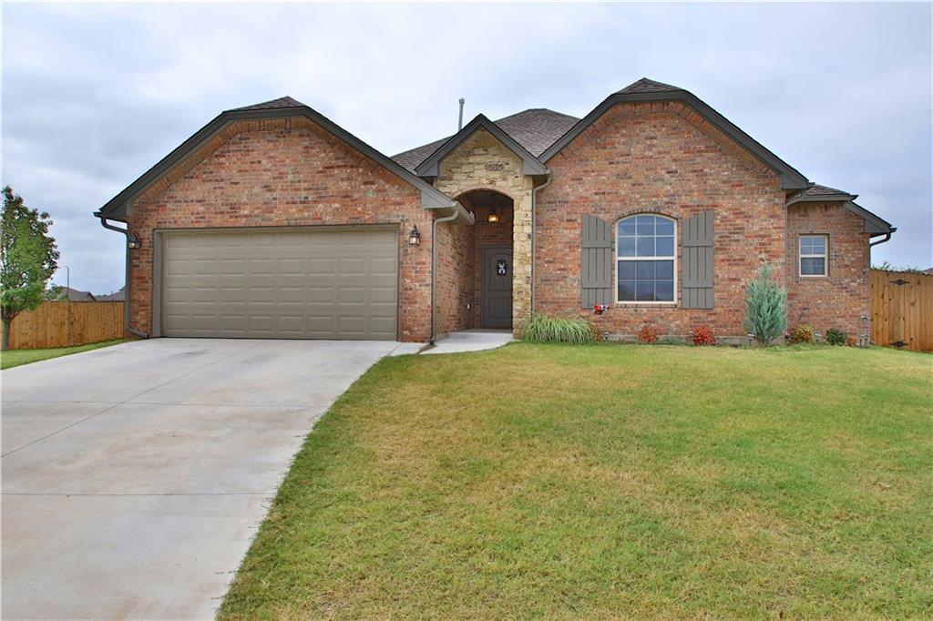 408 HUNTERS GLEN Court, Moore, OK 73160
