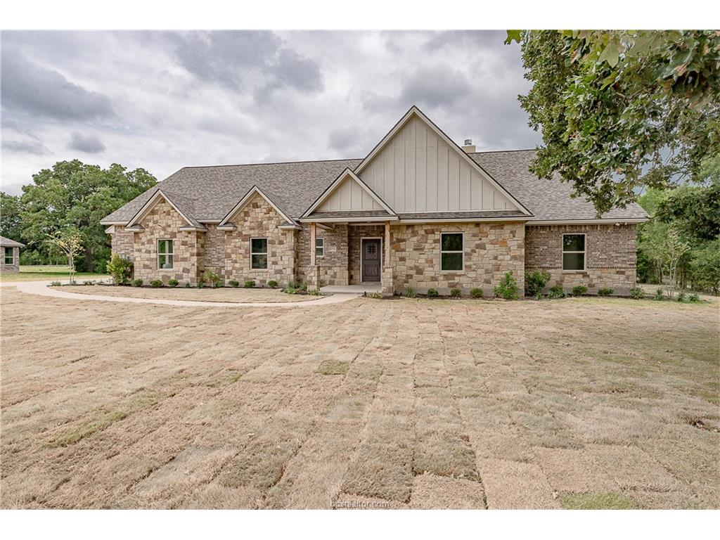10734 Lonesome Dove Trail, Bryan, TX 77808