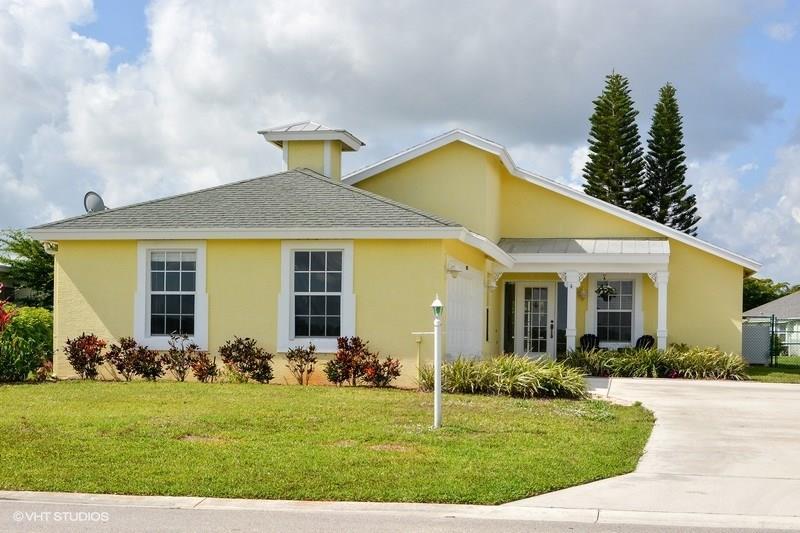 9025 SW Chevy Circle, Stuart, FL 34997