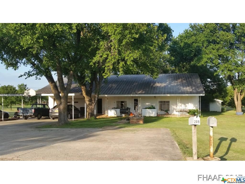 212 Barton Lane Lane, Gatesville, TX 76528