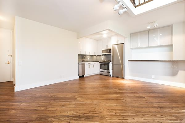 21 S End Ave 427, New York, NY 10280