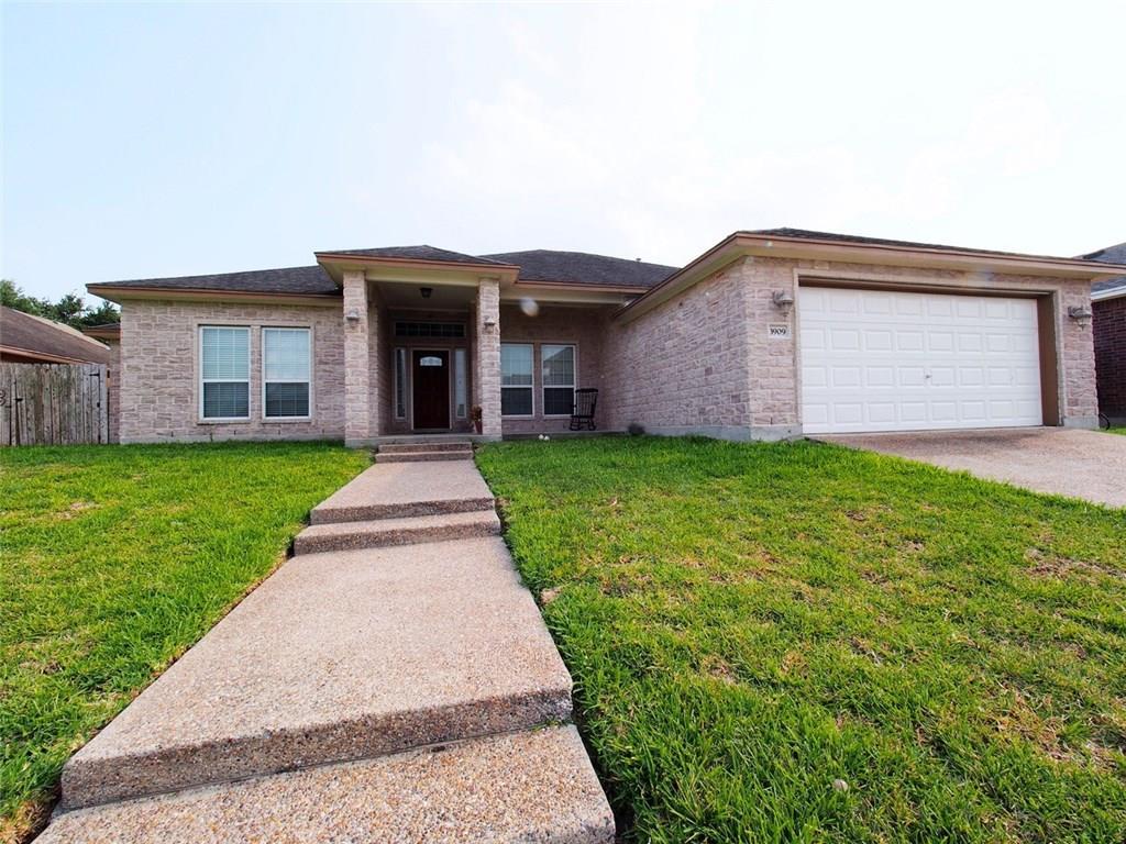 3909 Alta Vista Dr, Corpus Christi, TX 78410