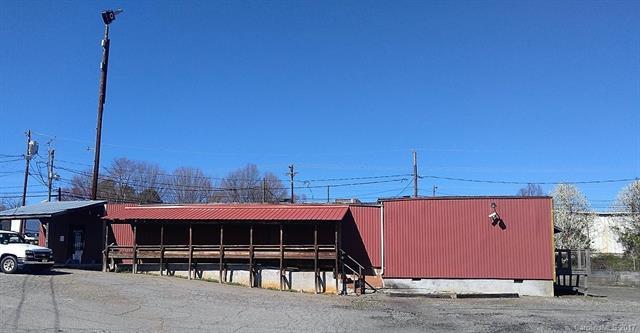 1822 10th Avenue SW, Hickory, NC 28602