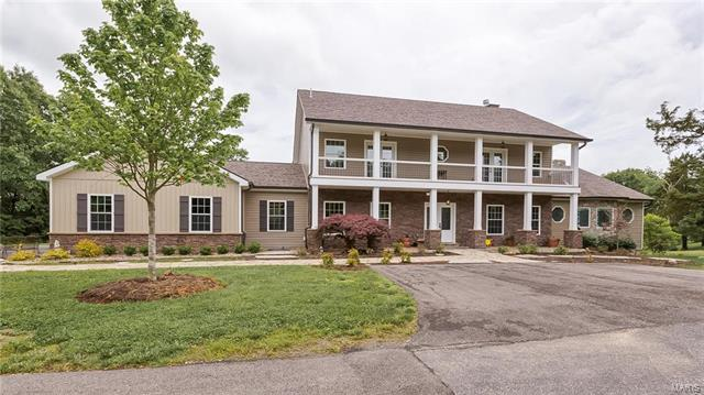 2924 Country Point Court, Wildwood, MO 63038