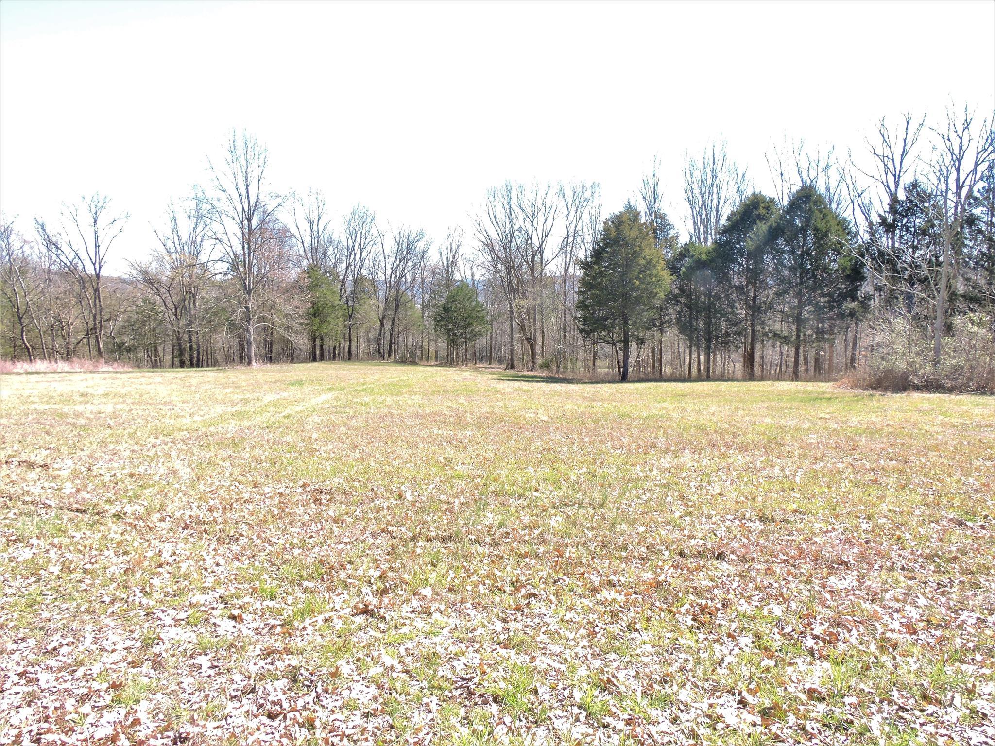 2 Gaither Ridge Ln, Auburntown, TN 37016