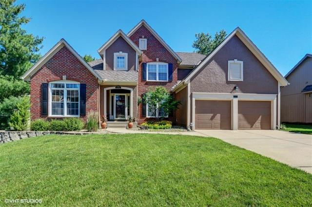 7902 NW Twilight Place, Parkville, MO 64152